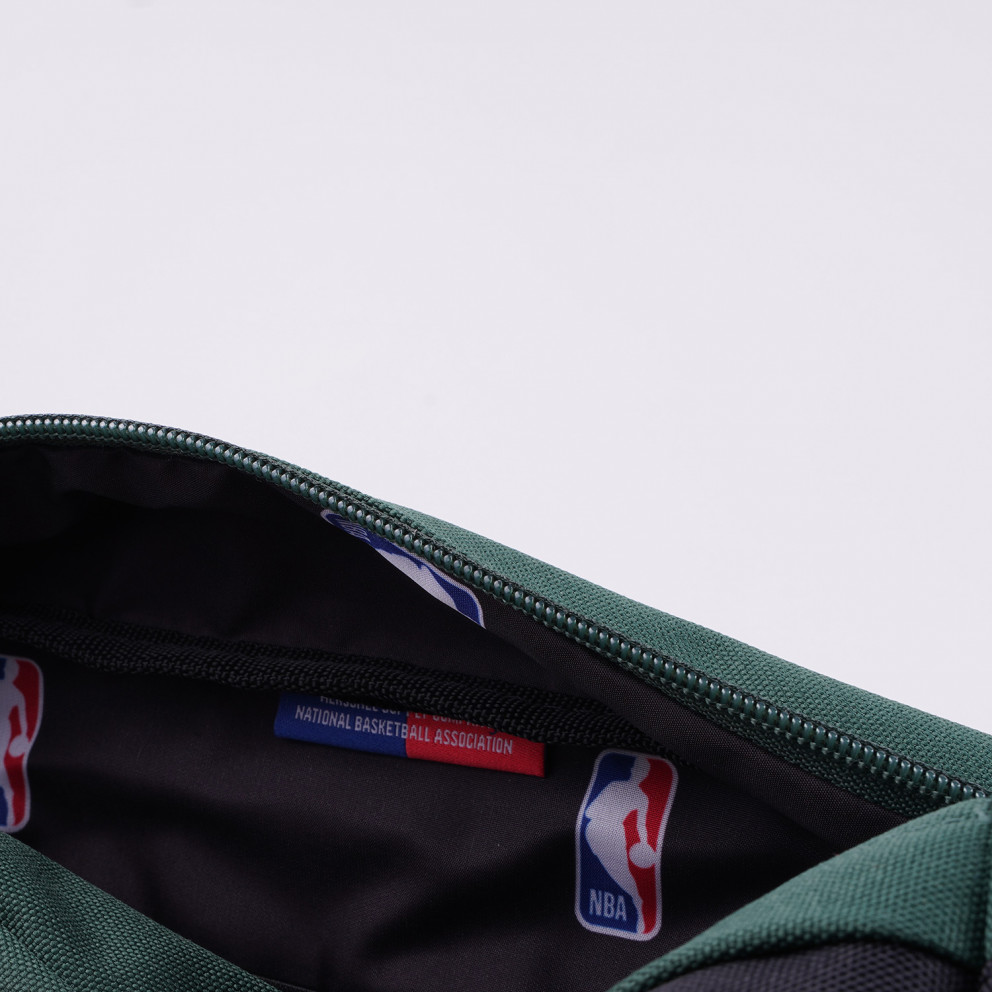 Herschel Chapter Milwaukee Bucks Travel Kit 5L
